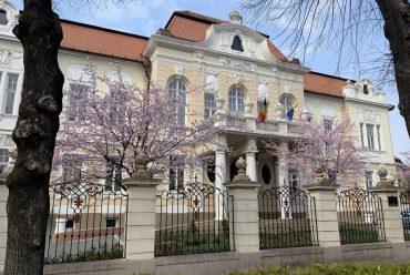 """COVID-19. Planul de măsuri luat de Universitatea """"Lucian Blaga"""" din Sibiu"""
