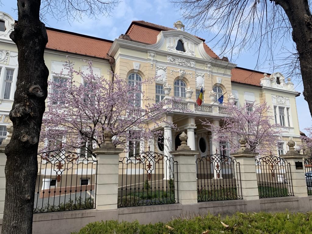 """Consiliului de Administrație al Universității """"Lucian Blaga"""" din Sibiu"""